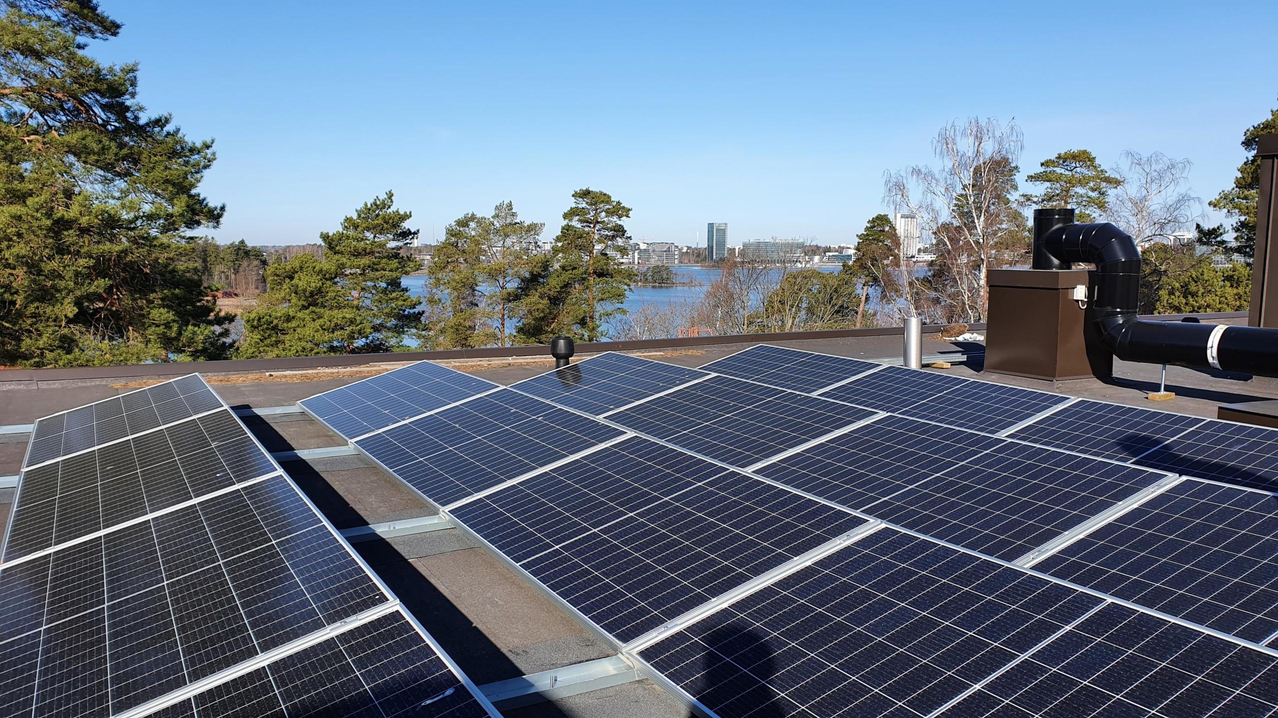 Auringosta sähköä taloyhtiöön -webinaarin aineistot